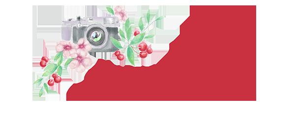 appareil photo avec des cerises logo studio morello